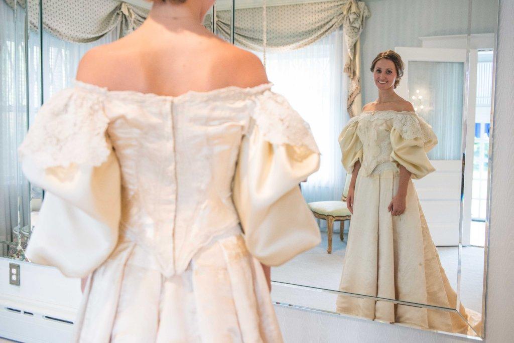 Panna Młoda Weźmie ślub W 120 Letniej Sukni ślubnej Poświęciła 200