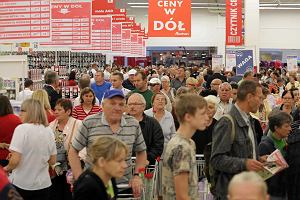 Zakaz handlu może wspomóc hipermarkety - uważają eksperci IQS