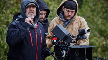 Plan filmu Jana Jakuba Kolskiego 'Las, 4 rano'.