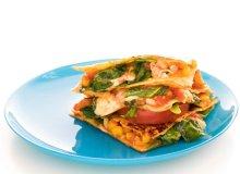 Quesadillas z kurczakiem, kukurydzą, pomidorami i serem pecorino - ugotuj
