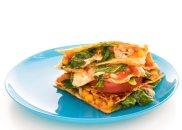 Quesadillas z kurczakiem, kukurydz�, pomidorami i serem pecorino