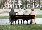 Milion osób z dłuższą ochroną przedemerytalną. Kiedy można zwolnić emeryta i ile można dorobić do emerytury?