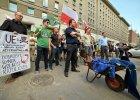 Schizofrenia narodowc�w: dzi� konwencja przed eurowyborami, wczoraj plucie na flagi UE