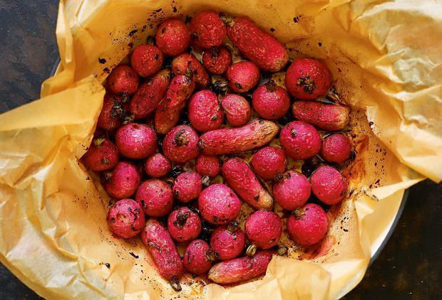 Pieczone rzodkiewki z miodem i balsamico