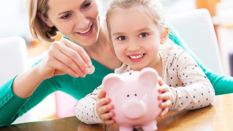Warto uczyÄ dzieci oszczÄdzania jak najwczeÅniej