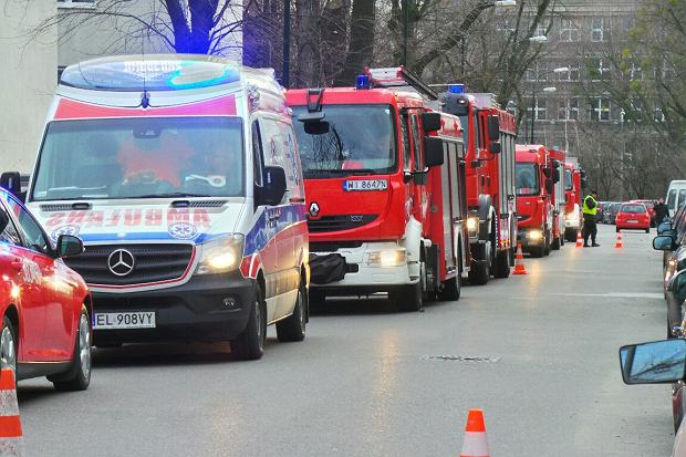 Warszawa. Wybuch na Wydzia� Chemii UW i ewakuacja budynku