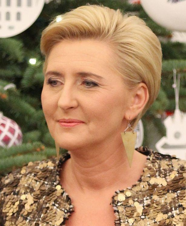 Ta Fryzura Agaty Dudy To Już Przeszłość żona Prezydenta Zaszalała Z