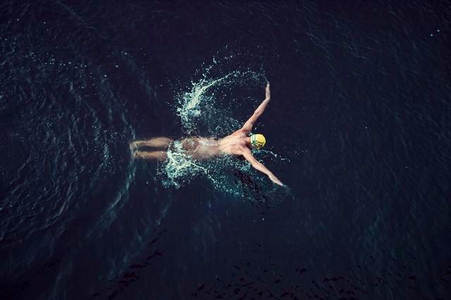 Zdjęcie numer 19 w galerii - Rozebrane atletki. Naga fotografia sportowa Dominiki Cuda