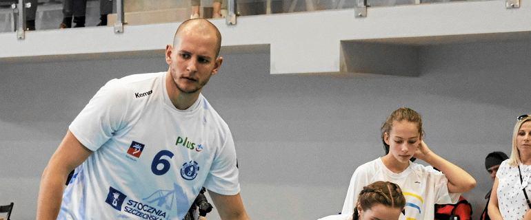 PlusLiga. Stocznia Szczecin podpisała dwa nowe kontrakty, ale światła w hali brak