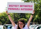 Pikieta pod Sejmem ws. ustawy o zwi�zkach partnerskich