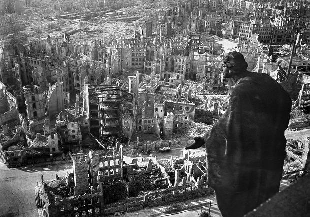 Drezno upamiętnia ofiary II wojny światowej