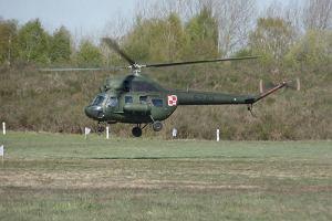 Wojskowy śmigłowiec zahaczył o linie energetyczne pod Gdańskiem