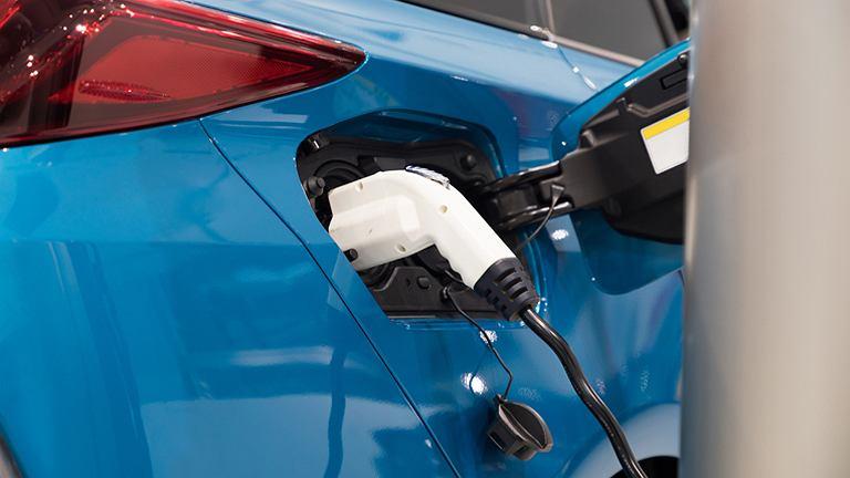Tankowanie samochodu na wodór