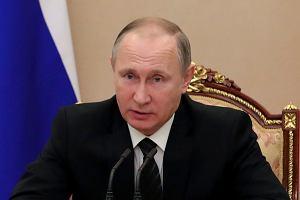"""""""Żądał, by lądować"""". Po słowach Putina PiS chce 'nowych nagrań' z Tu-154. Ambasada Rosji odpowiada"""