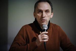 """Micha� Matys z Nagrod� im. Kapu�ci�skiego. Uhonorowano go za tekst """"��d�, miasto przekl�te"""""""