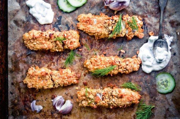 Domowe paluszki rybne z sosem tzatziki