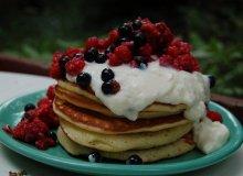 Pancakes z owocami - ugotuj