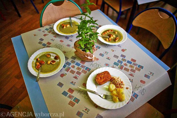 Sto��wkowe jedzenie (zdj�cie pogl�dowe)