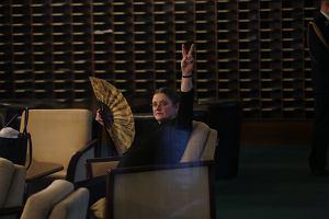 Krystyna Pawłowicz leciała do Tokio klasą biznes, posłanki opozycji ekonomiczną. Awantura