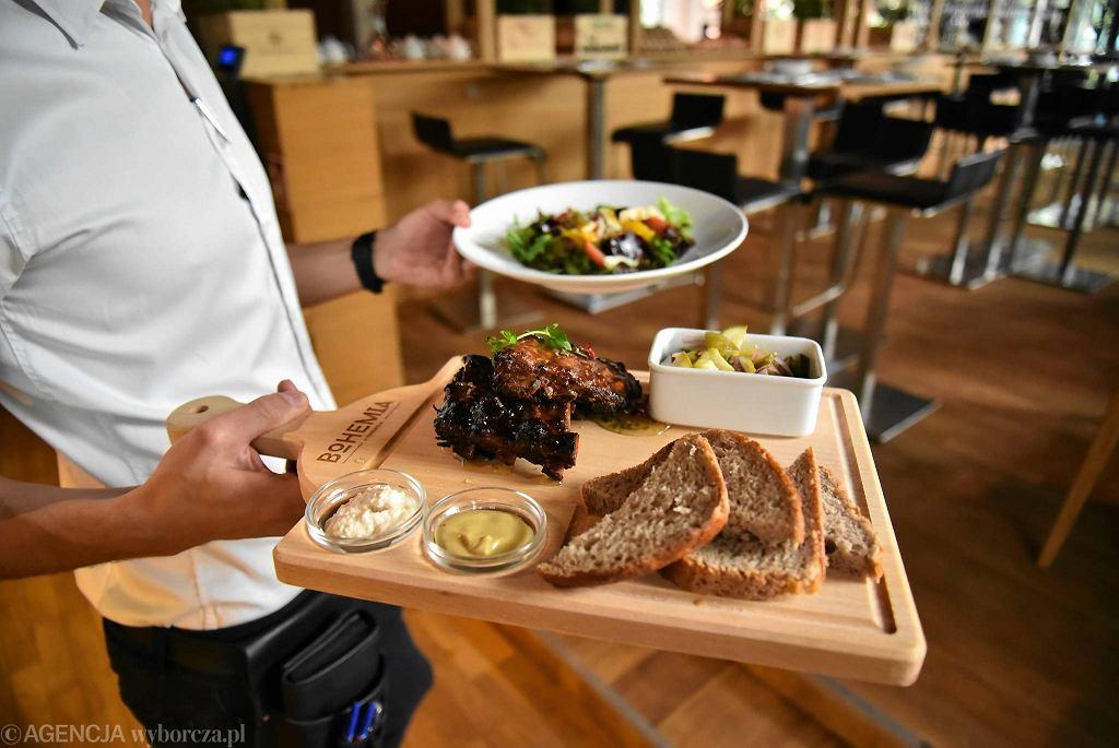 Potrawy w restauracji Bohemia przy ul. Jana Pawła II 23 / FRANCISZEK MAZUR