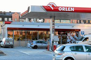 Grupa senator�w chce zakazu handlu alkoholem na stacjach benzynowych