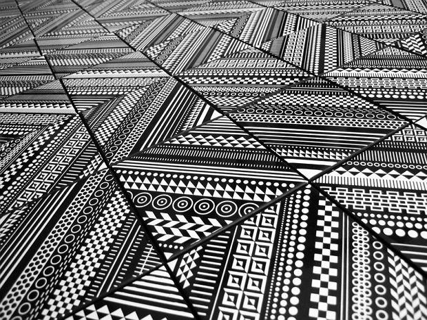 Płytki ceramiczne w geometryczne wzory