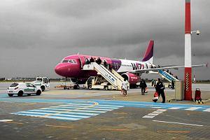 Duże zmiany w lotach z Wizz Air. Znika mały bagaż podręczny i nie każdy wniesie walizkę na pokład [AKTUALIZACJA]