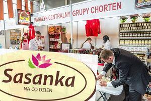 Nie zdziwcie się, jeśli zobaczycie sklep spożywczy z logiem Sasanka. Polska grupa wprowadza nowy koncept