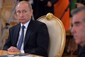 Rosjanom spadn� zarobki i odczuj� skutki inflacji. Ekspertka: Rozwi�zaniem mo�e by� prywatyzacja