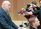 Aleksander Gawronik przed s�dem nie przyznaje si� do winy. I atakuje prokuratur�