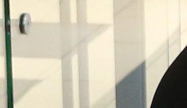 Punkt wypełniania ankiet na temat handlu w niedzielę. Galeria 'Słoneczna' w Radomiu, 2014 r.