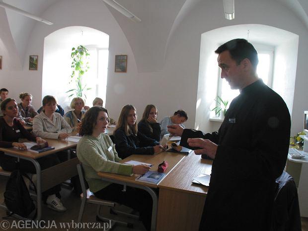Zdjęcie numer 3 w galerii - Wiceprezydent Warszawy nie kryje zadowolenia. Biskupi przystali na ograniczenie katechezy w szkole