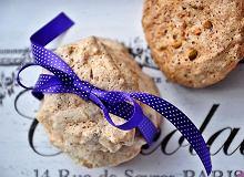 Lekkie ciasteczka orzechowo-bakaliowe - ugotuj