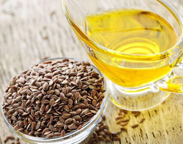 Olej lniany to bogactwo nienasyconych kwas�w t�uszczowych.