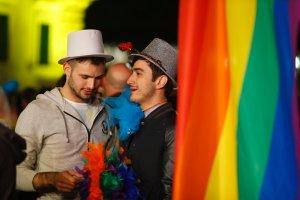 Najwi�ksi konserwaty�ci w UE legalizuj� zwi�zki partnerskie i adopcj� przez homoseksualne pary