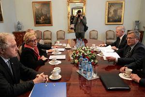 Komorowski: Potrzebna kadencyjno�� i rotacyjno�� funkcji cz�onk�w PKW. Powt�rka wybor�w? Odm�ty szale�stwa