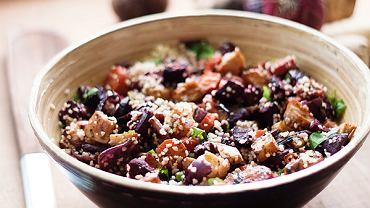 Kuskus, smażone/grillowane warzywa, ser bałkański - wszystko, co trzeba.