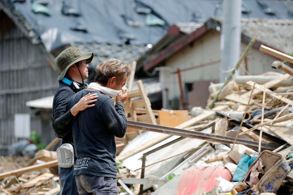 Bliscy ofiar powodzi w Japonii