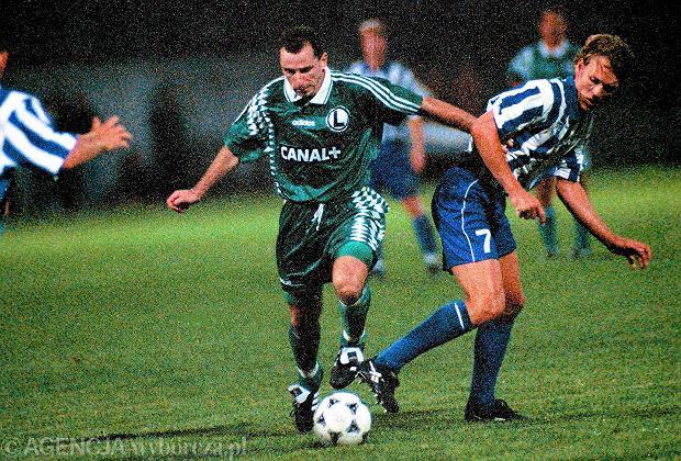 Jerzy Podbrożny w meczu Legii z IFK Goeteborg w Warszawie (9 sierpnia 1995 r.)