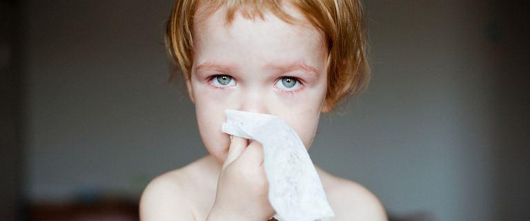 Twoje dziecko ciągle jest zakatarzone? Pięć przyczyn