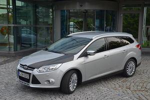 Ford szuka lekko�ci w karbonie