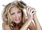 8 rzeczy, które niszczą Twoje włosy