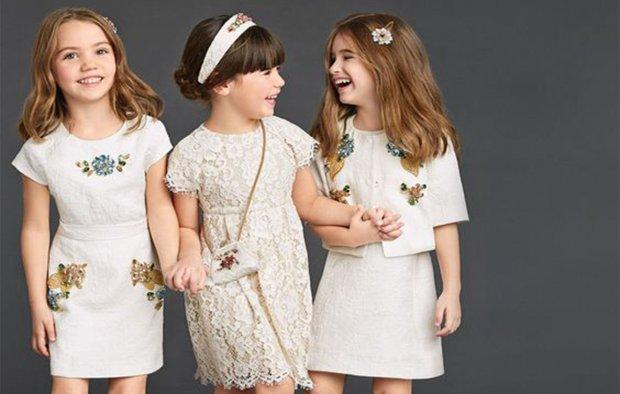 Wygodna elegancja - propozycja jak ubrać dziecko na ważne uroczystości