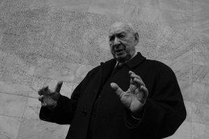 Nie �yje Szymon Szurmiej. Aktor, re�yser i dzia�acz mia� 91 lat