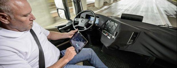 Mercedes-Benz 2025   Przyszłość transportu drogowego
