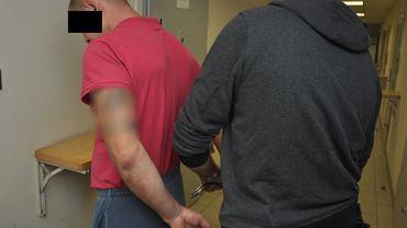 Areszt dla mężczyzn, którzy pobili kierowcę autobusu