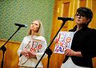 Bezp�atne podr�czniki od wrze�nia w szko�ach. Sejm uchwali� przepisy
