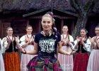 Niemiecki portal doceni� teledysk Donatana i Cleo: Subtelna mieszanka rapu, ironii i folkloru