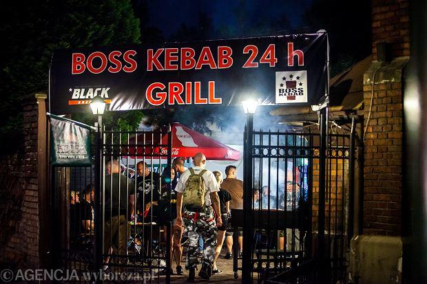 Kebab po Marszu Niepodległości? Choć to piątek, biskupi pozwolili