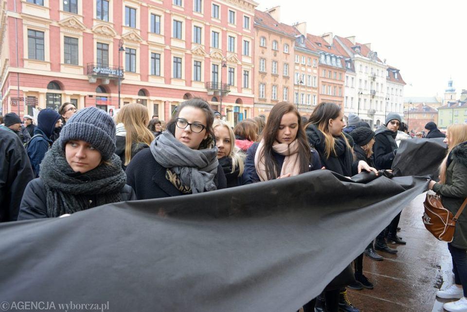 Czarny Piatek w Warszawie